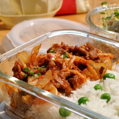 【韩式泡菜炒梅花肉】惹得人口水横飞的开胃便当菜!