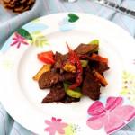 號稱米飯殺手的牛肉吃法:私房小炒麻辣牛肉