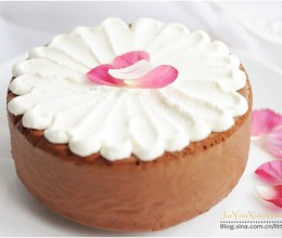 #春天烘焙季#『可可海绵蛋糕』质朴外的花漾美丽
