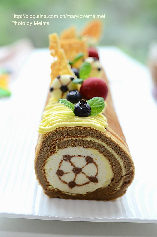 #烘焙世界杯#足球在心中—香草巴伐露百香果奶酪蛋糕卷
