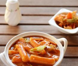 韩剧中最经典的人气小吃:辣炒年糕