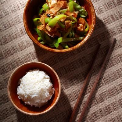 五分钟快手下饭小菜《尖椒炒豆皮》〈厨房小混子〉六十七