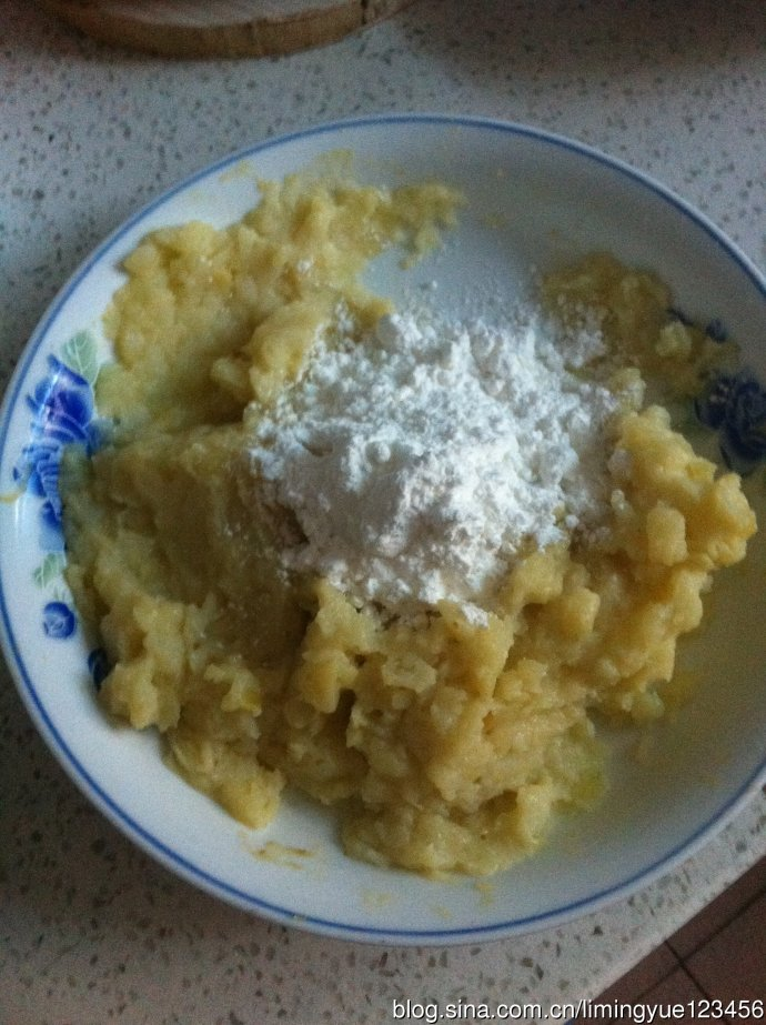黄金大梨子--外焦里嫩的油炸土豆饼