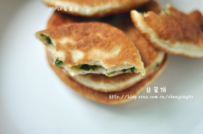 【大图详解最爱的路边摊韭菜饼做法】