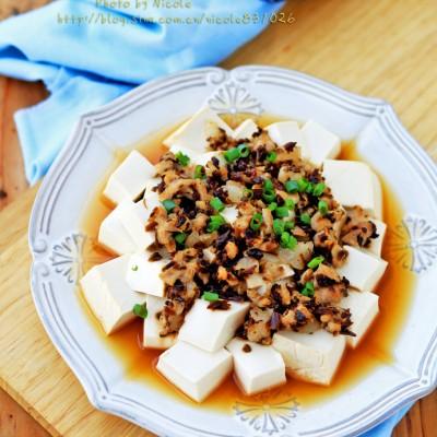 适合懒人的快手养生菜:芽菜肉末蒸豆腐