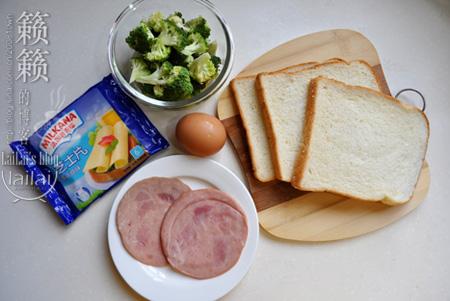 #新浪美食开学季#火腿西多士,酥软诱人10分钟妈咪爱心早餐