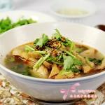 老北京经典热门小吃---卤炸豆腐