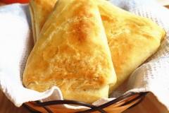 层层酥香的稷山老面三角油酥饼