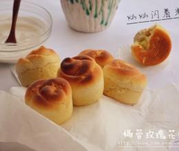 甜面包❤香甜柔软不含乳制品的椰蓉玫瑰花面包卷