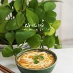 中西合璧的超营养金汤蔬菜面