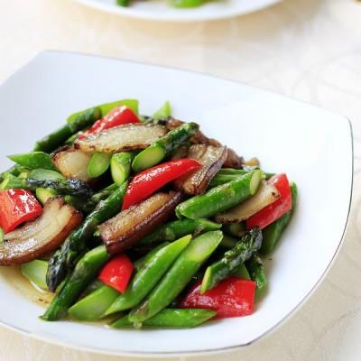 肉香味浓的芦笋炒肉
