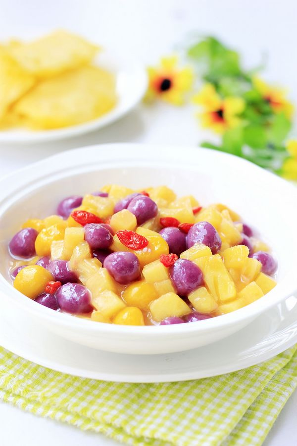 酸酸甜甜菠萝彩色汤圆