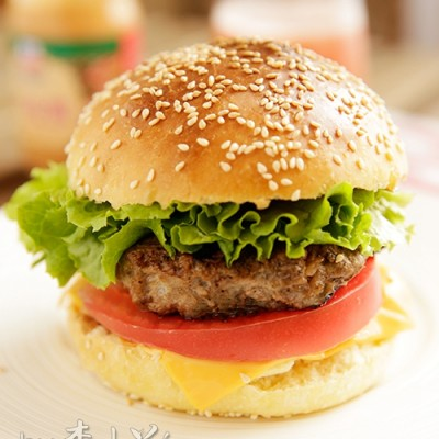 自己做真材实料的牛肉汉堡包#晒奖篇#