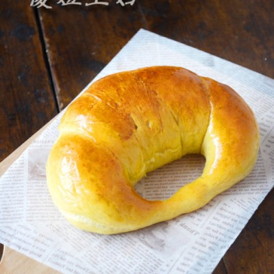 闪耀的金色---【芒果牛角面包】