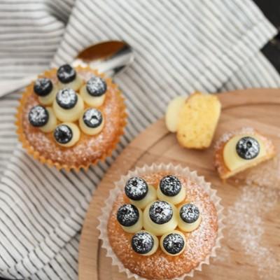 毫无甜腻负担感的杯子蛋糕——奶油奶酪蓝莓杯子蛋糕
