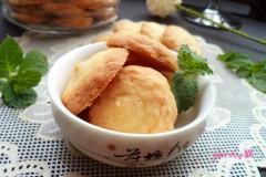 酥脆喷香的椰丝小饼