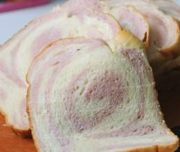 试用团---柔软的紫薯双色辫子土司