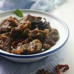 《红烧牛肉》只花30分钟炖一锅香喷喷的牛肉