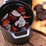 一颗赤子之心吃一碗浓油赤酱的黑松露红烧肉