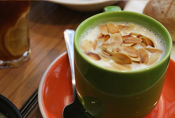 探访南京路旁的人气茶餐厅——新旺茶餐厅