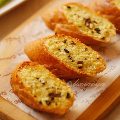 试用团:黑松露橄榄油+蒜香法棍面包