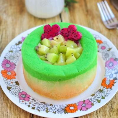 #八珍盛宴#清新靓丽的双色水果蛋糕杯