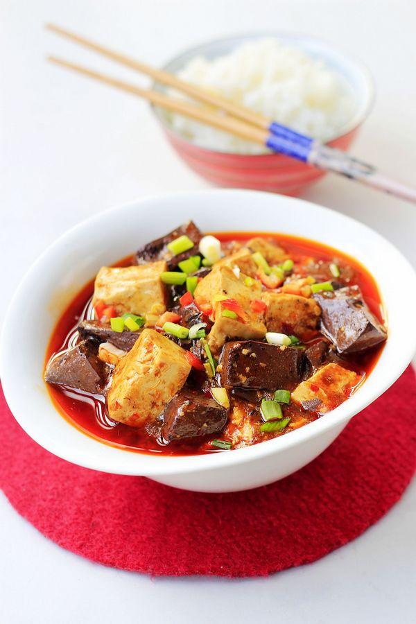 超香辣开胃的下饭菜,酱烧黑白豆腐