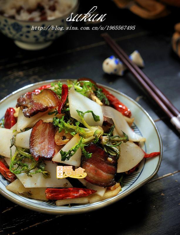 盒饭菜谱-腊肉炒饵块