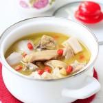 春季预防感冒的莲藕炖鸡