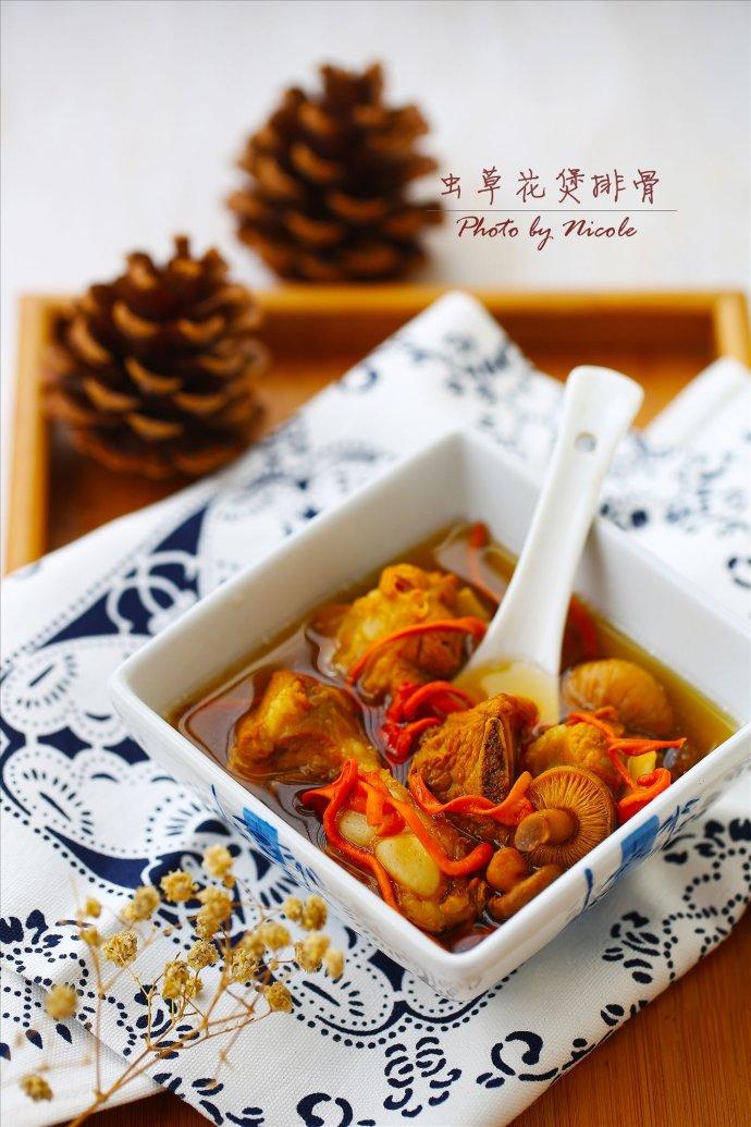 对抗春燥多喝汤:补益气血的虫草花煲排骨汤
