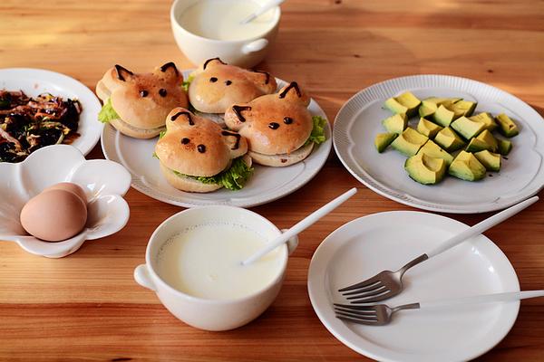 青蛙汉堡萌宠面包唤醒孩子早餐食欲