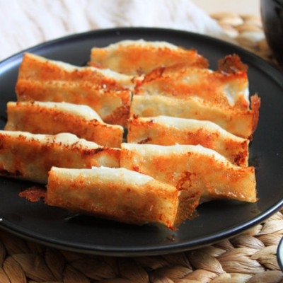 传承的美味----鲜肉香菜锅贴