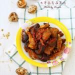 #越吃越FIT#不加一滴油的养生大菜:虫草花香菇焖鸡