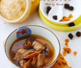 雨季必备的解毒祛湿汤:土茯苓鱿鱼煲瘦肉