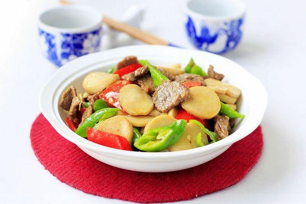 杏鲍菇炒牛肉,配一碗米饭刚刚好