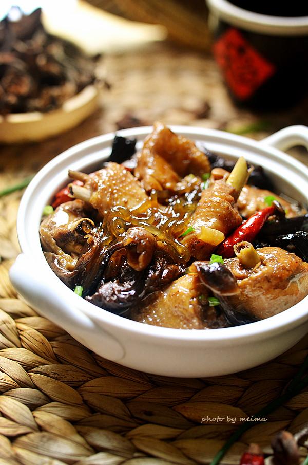小鸡炖蘑菇-东北招牌菜