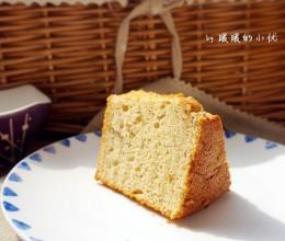 【枣泥戚风蛋糕】:天凉了,来块香甜柔软的戚风蛋糕吧~