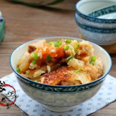 芋香腊肉番茄饭