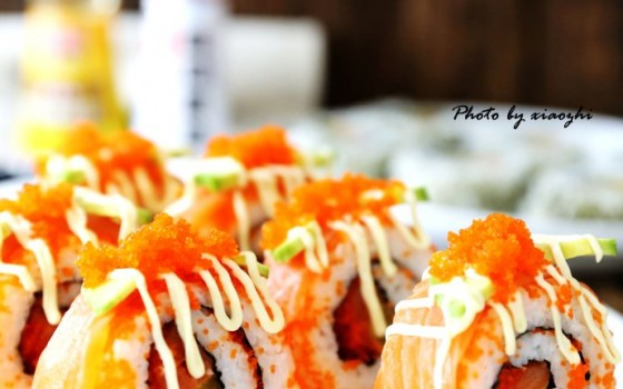 豪华寿司自己做【牛油果三纹鱼寿司】