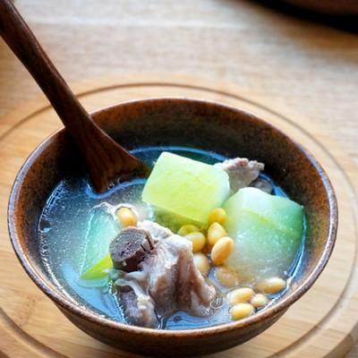 【冬瓜排骨黄豆汤】抵御寒冷的治愈系暖心汤