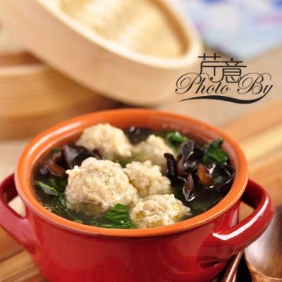 菠菜肉丸汤:营养全能又省钱的妈妈菜