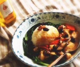用小米汁做加料丰汁豆腐盖饭