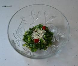 餐桌上的下饭菜韭菜花