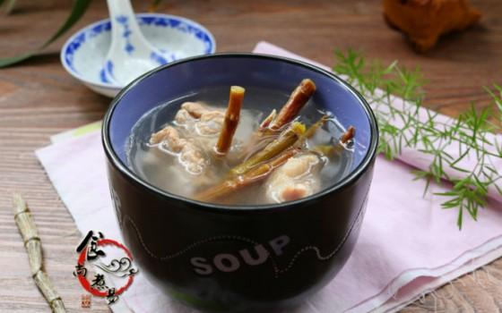 石斛猪骨汤
