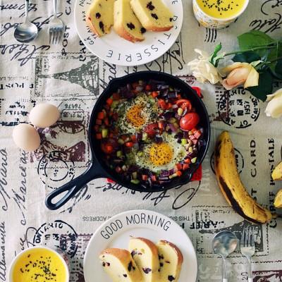 【早餐°】2016-12-9:蔓越莓磅蛋糕/北非蛋/南瓜奶昔