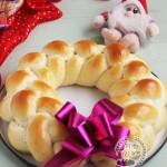 四股辫子圣诞花环面包