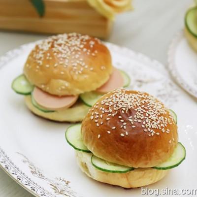迷你沙茶酱猪扒汉堡