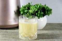 雪梨莲藕汁--抗雾霾果汁