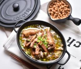 墨鱼炖鸡汤