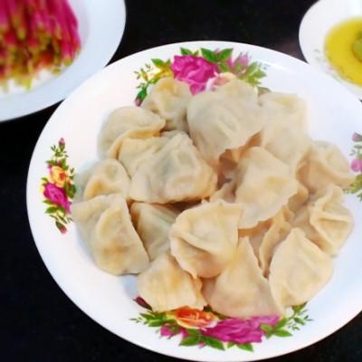 芹菜叶猪肉水饺